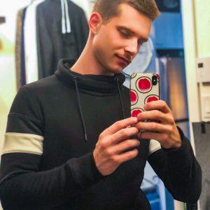 TopSiteCam Benjamin Blue mirror selfie